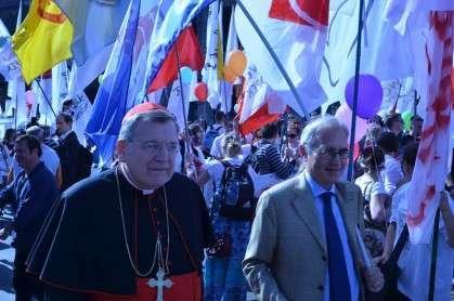 Cardinal Burke e il professor Roberto de Mattei alla Marcia per la Vita 2012
