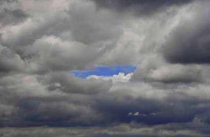 Dense nubi sovrastano Roma